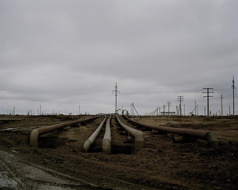 KAZAKHSTAN Nr. AqtauPipelines transporting oil from the Ouzen field.